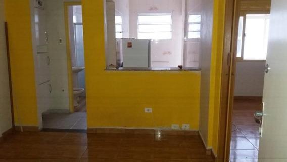 Apartamento Em Gonzaga, Santos/sp De 30m² 1 Quartos Para Locação R$ 1.500,00/mes - Ap313650
