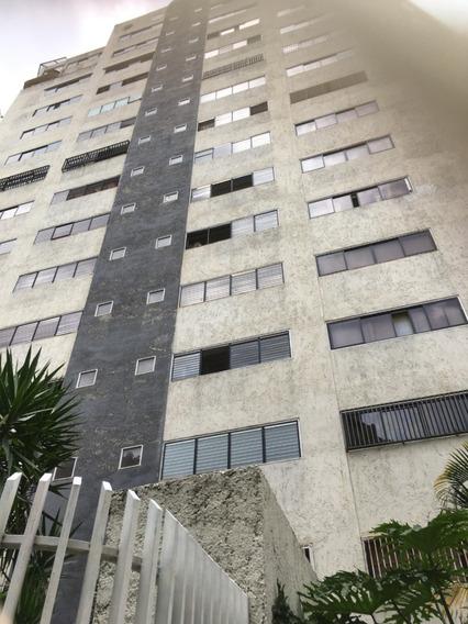 Lomas Prados Del Este Apartamento En Alquiler
