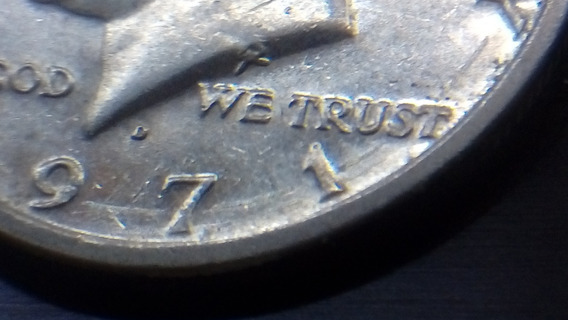 Half Dólar 1971-kennedy Com Defeitos Raros De Cunhagem.