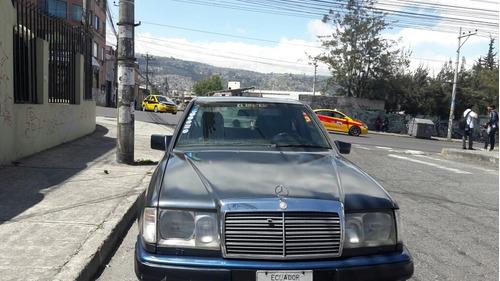 Mercedes Benz 230e Sedan