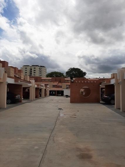 Hilmar Rios C434204 Apartamento En Venta Valles De Camoruco