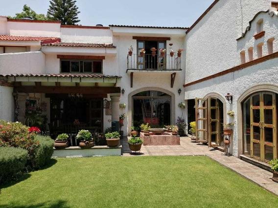 Divina Casa Estilo Mexicano Con Jardin