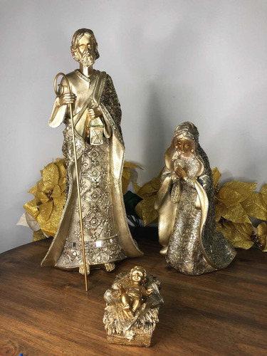 Imagem 1 de 10 de Sagrada Família Luxo 3peças Dourada Resina 44cm