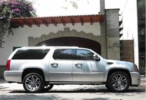 Imagen 1 de 10 de Cadillac Escalade Esv 2013 6.2 Esv Plinum Lujo . V8 8 Pas At