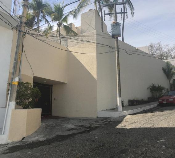 Casa En Régimen De Condominio Tres Gracias
