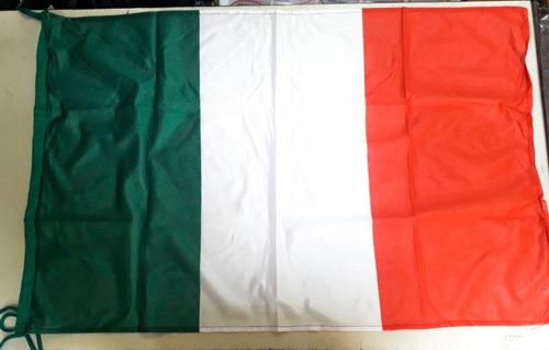 Imagen 1 de 1 de Bandera Italia Original 90 X 150cm Forza Italy