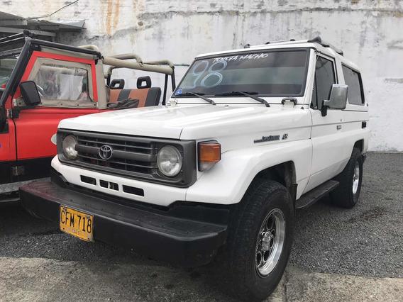 Toyota Macho Inyección 4.5