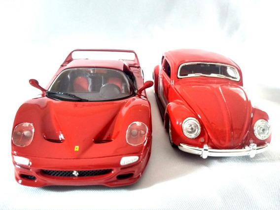 Kit Ferrari F50 Vermelha + Fusca Volkswagen Maisto 1:24
