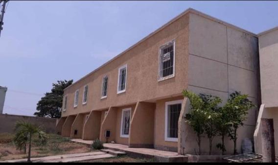 Townhouses 2 Habitaciones Céntrico