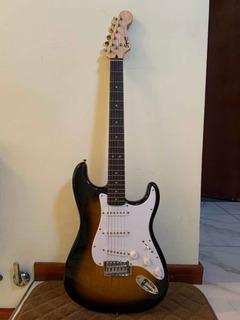 Guitarra Eléctrica Con Accesorios Y Amplificador