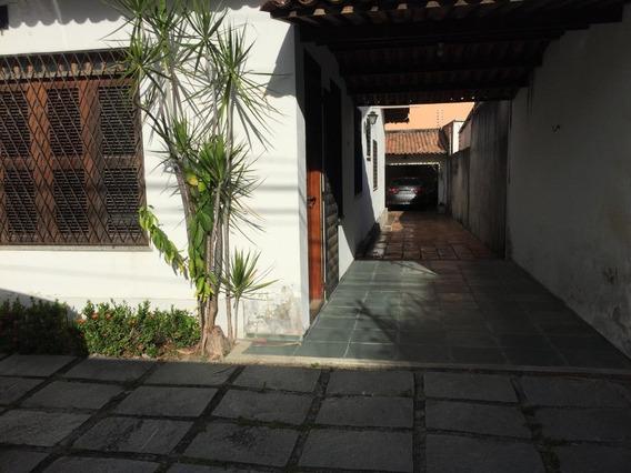Maravilhosa Casa Próximo A Igreja De Fátima - Ca1546