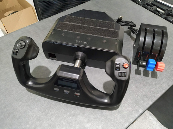Pro Flight Yoke System Com Throttle - Saitek