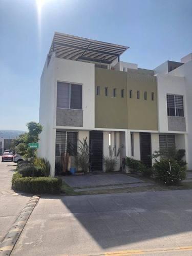 Casa En Renta Bronce , El Fortin