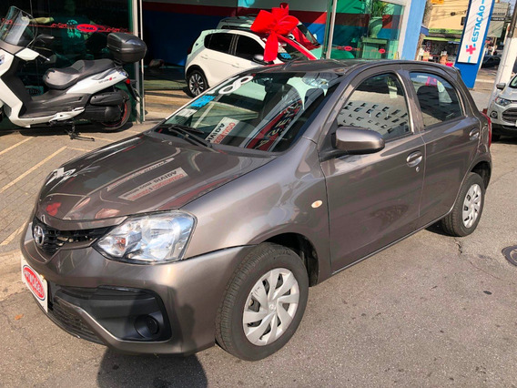 Toyota Etios - 1.3 X Automatico
