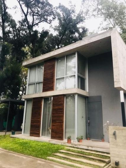 Casa Minimalista En Barrio Cerrado Vivre Leloir