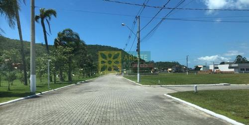 Imagem 1 de 7 de Terreno No Bairro Zimbros Em Bombinhas Sc - 2662