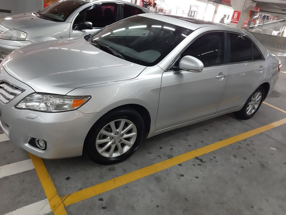 Toyota Camry 3.5 V6 Xle 4p 2011