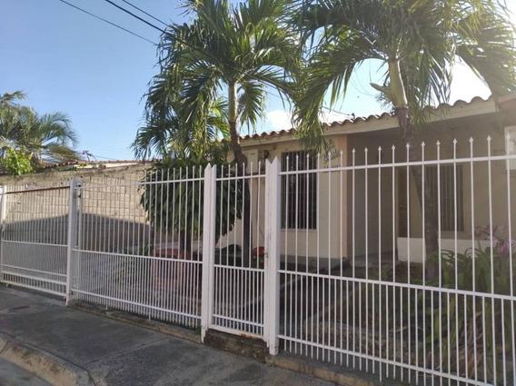 Venta Hermosa Casa En La Pradera, Conjunto Cerrado..