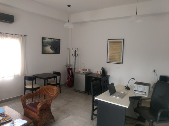 Oficina 25 M2 En Estación Pilará