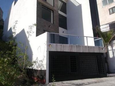 Edificio En Venta Milenio Iii, Con Tres Departamentos De 134 M2 Cada Uno Y Roff Garden De 170 M2