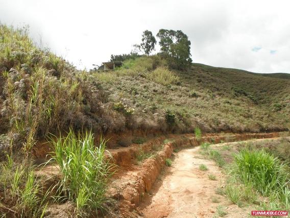 Venta De Terreno En Colinas De Carrizal Sector Merida Rz