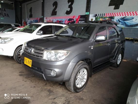 Toyota Fortuner 2.7 4x4