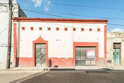 Casa En El Centro De Merida, Para Vivienda-hotel (tiene 8 Habitaciones)