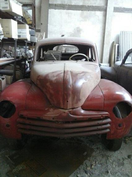 Coupe Ford 1947 V8. Titular Original