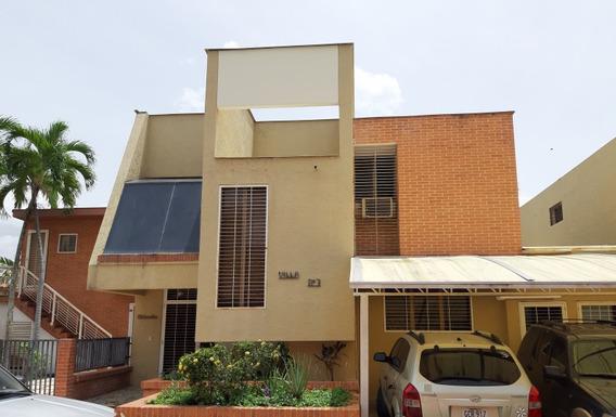 Town House En Venta Altos De Guataparo Cód.423679 Greys V