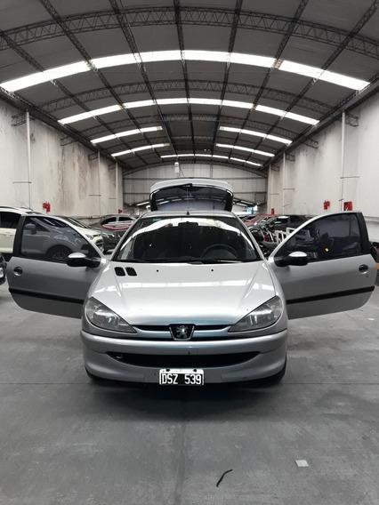 Peugeot 206 1.6 Xr Premium 3 P 2001
