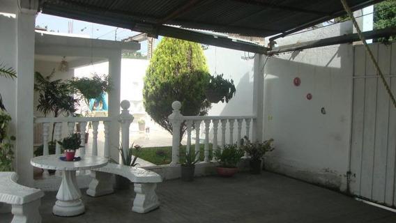 Casa En Venta Barquisimeto Oeste Código 19-300 Ar Lopez