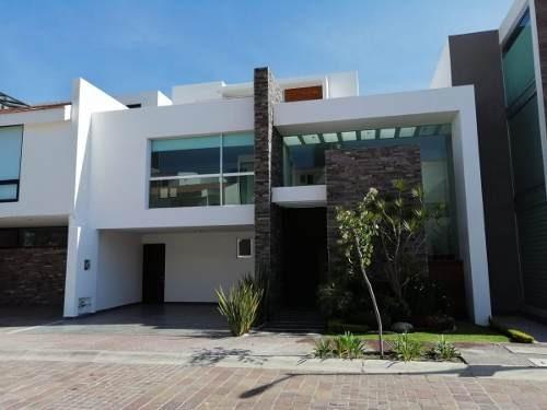 Hermosa Residencia Con Excelente Ubicación Y Acabados De Lujo