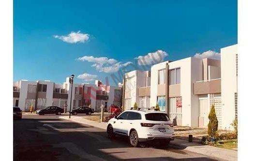 Exclusiva Casa En Condominio Aberín, Dentro Del Fraccionamiento Puerta Navarra