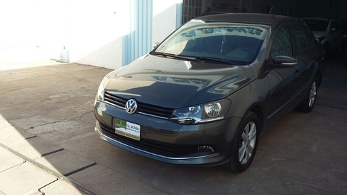 Volkswagen Voyage 1.6 Highline 101cv 2014