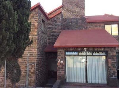 Centenario, Cerca De Sta Fé. Preciosa Casa Recien Remodelada