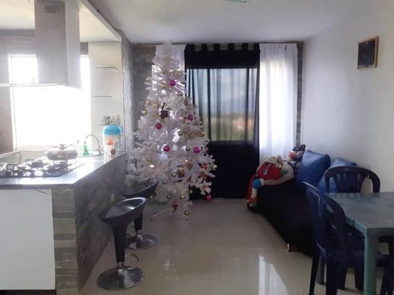 Apartamento En Res. Rio Caroni, Paraparal. Cod: Foa-1041