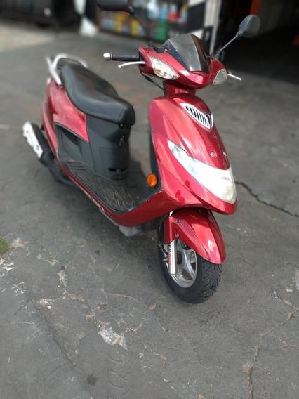 Suzuki Burgman 125 Scooters