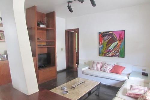 Casa À Venda No Dona Clara - Código 16370 - 16370