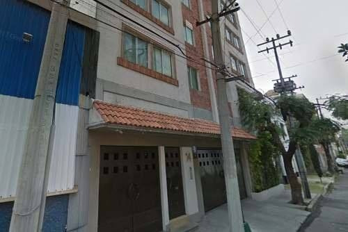 Departamento De Remate Hipotecario En Col. Moderna