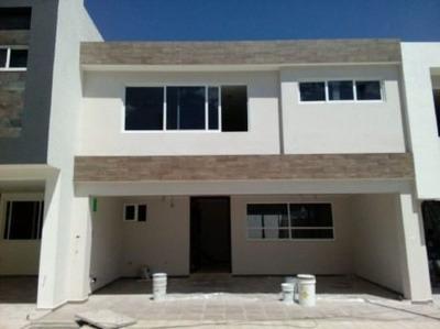 Amplia Casa Zona Angelópolis Periférico Acabados De Lujo