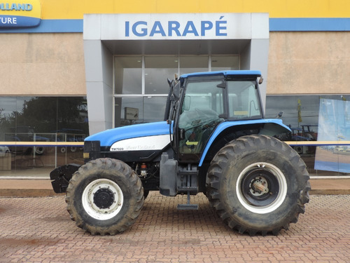 Trator New Holland - Tm 7020 Cabinado