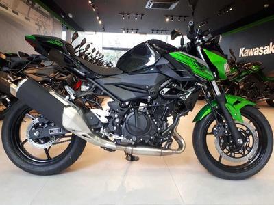 Kawasaki Z400 - Mt03 - Juliana
