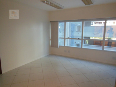 Sala Para Alugar No Bairro Centro Em Florianópolis - Sc. - 254-2