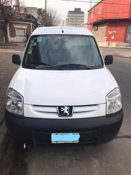 Peugeot Partner 1.4 Confort Vidreado Con Asientos Y Gnc