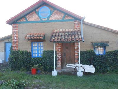 Casa En El Campo De Adobe