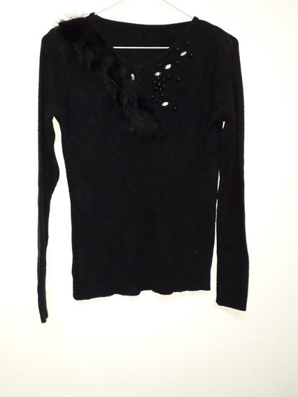 Sweater Con Apliques Y Piel