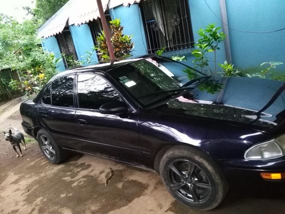 Geo Prizm 95 Automóvil