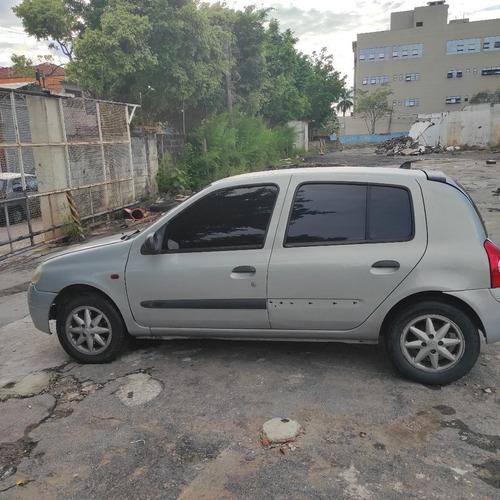 Imagem 1 de 10 de Renault Clio 2001 1.6 16v Rn 5p