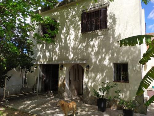 Se Vende Casa En Corazón De Prado 5 Dorm. Terreno De 753 M2