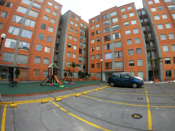Apartamento En Mazuren Mls #19-1245 Fr
